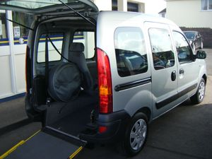wheel-chair-access-vehicle